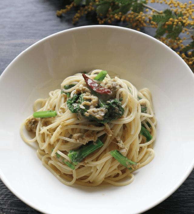 菜の花と焼き塩さばのペペロンチーノ